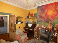 Lovely Communal House in Arthur's Hill - Double Room for One Person