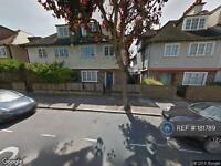 1 bedroom flat in Amerland Road, London, SW18 (1 bed)