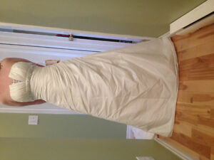 NEW MORI LEE Wedding Dress St. John's Newfoundland image 1