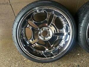 * * * NEW PRICE * * * Rare Chrome 3-piece Staggered Rims * * *