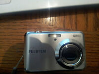 FUJIFILM CAMERA WITH LCD SCREEN