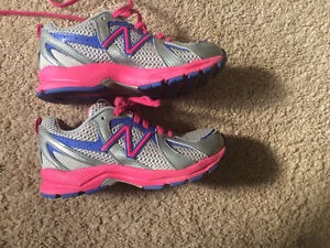 Girls size 13 New Balance running shoe