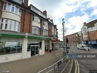 3 bedroom flat in Hendon, London, NW4 (3 bed) (#1182841)