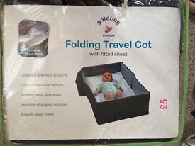 Folding Travel Cot with fitted sheet