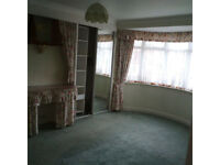 2 lovely double rooms for rent £460 and £480 all bills included