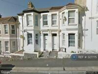 2 bedroom flat in Cecil Avenue, Plymouth, PL4 (2 bed)
