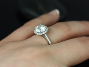 4 KT STERLING SILVER RING - SIZE 8