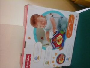 fisher price laugh and learn peek a boo cuckoo, R7153