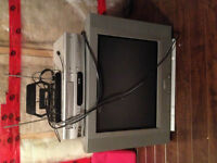 "20"" tv, vcr/dvd combo & bunny ears package"