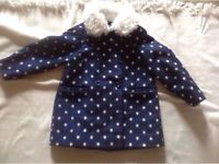 Young dimension girls coat age: 5/6 yrs used £2