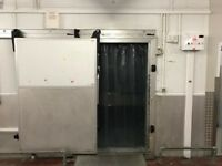 Large Commercial Walk In Refrigerator (3.4 M x 4 M x 2.9 M)