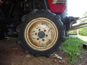 front tyre only 4 wheel drive Nabiac Great Lakes Area Preview