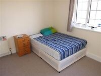 4 double bedroom house to let
