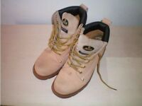Atlan Boots (SIZE UK-7/EUR-41) *Like New*