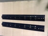 Universal Crossbed Rails for Fifthwheel Hitches