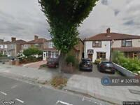 3 bedroom house in Hill Rise, Greenford, UB6 (3 bed)
