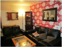 PRICE REDUCED- R1 Flatshare - GORGEOUS Living Cum Double Bedroom - £350 INCLUDING BILLS