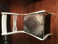 4 ANTIQUE DINING ROOM CHAIRS
