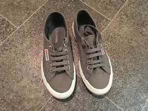 Superga Ladies - Size 7