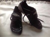 Umbro men's football boots black size: 9.5 used £4