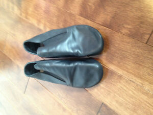 Woman's/Girl's Ballet Jazz Shoes-Size 6M
