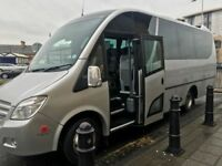 ABC Mini Coaches- 16 seater minibus hire from Wokingham & Reading to Anywhere in UK or Europe