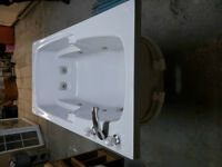 Hydro Massage Bath Tub for sale