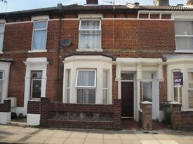 3 bedroom house to let - 5 mins walk-away from Fratton Train Station