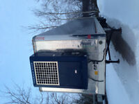 2001 Utility Stainless  Reefer tandem trailer