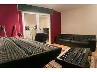 DDA Analog studio mixing console / desk