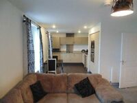 DONT MISS OUT!!! 1 BED APARTMENT AVALIABLE NOW!! £925 PCM TW5 HESTON AREA!! VIEWINGS STARTED!!