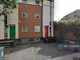 5 bedroom house in Blondin Street, London , E3 (5 bed) (#1132658)