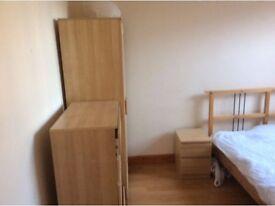 2/3 bed room rooms flat 4 min Shoreditch, Liverpool Street,Bethnal Green,Whitechapel. Night bus 25