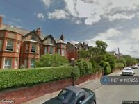 2 bedroom flat in Queens Road, Hoylake, Wirral, CH47 (2 bed) (#1107255)