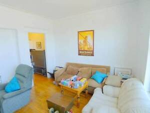Charming 4 1/2 Apt mins to Metro Jean Talon
