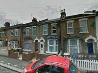 3 bedroom house in Tower Hamlets Road, London, E7 (3 bed)