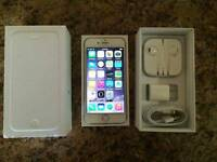 Iphone 6 128 gb 9.5/10 condition white
