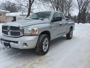 2006 Dodge Power Ram 1500 Laramie Pickup Truck