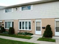Townhouse for sale - 3 Bedroom