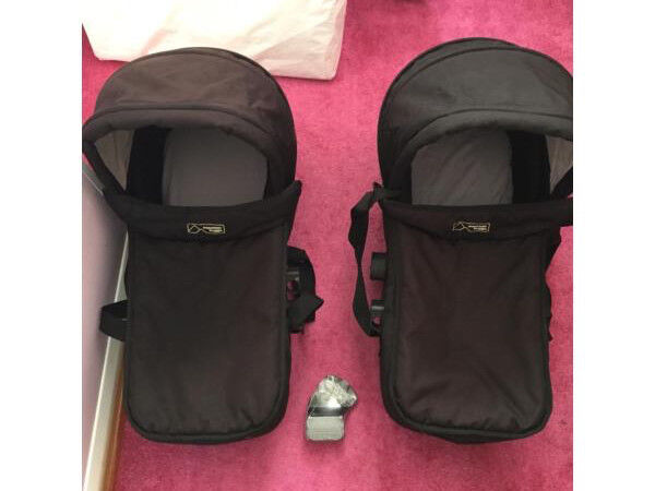 2 x Mountain Buggy legacy carrycots
