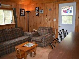 Perfect Small House in Country close to Skiing, Nature, + VIEWS West Island Greater Montréal image 7