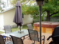 MUST SEE: Traveller/Student/Employed: Furnished Room w/ Hot Tub!
