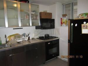 2 Bedroom Downtown ! 400off month may