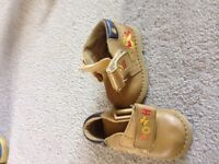 Winnie the pooh construction boots