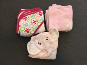 Girls thick hooded towels