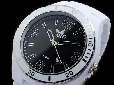 Adidas Melbour Acryl Matt Weiß + Schwarz, Silber Zifferblatt Armbanduhr Adh2737, gebraucht gebraucht kaufen  Versand nach Germany