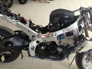Looking for fairings (the whole kit) for moto GSX1000 2005.