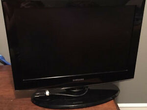 "Good condition Samsung 22"" flat screen tv"