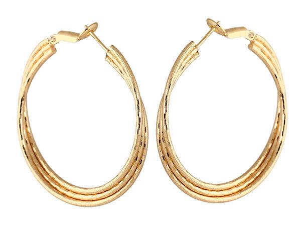 How to Buy Gold Hoop Earrings