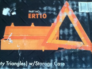 A SET OF 3 EMERGENCY WARNING TRIANGLES BY TRAILER STAR Kingston Kingston Area image 6